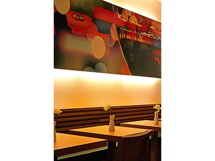 Stylisches Wanddesign Bar mit Atmosphäre