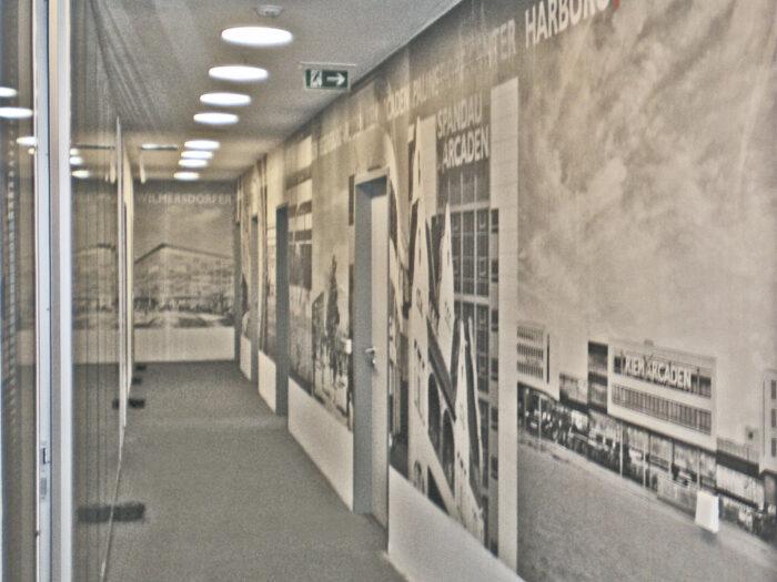 Wandgestaltung Konferenzraum mit Ausblicken