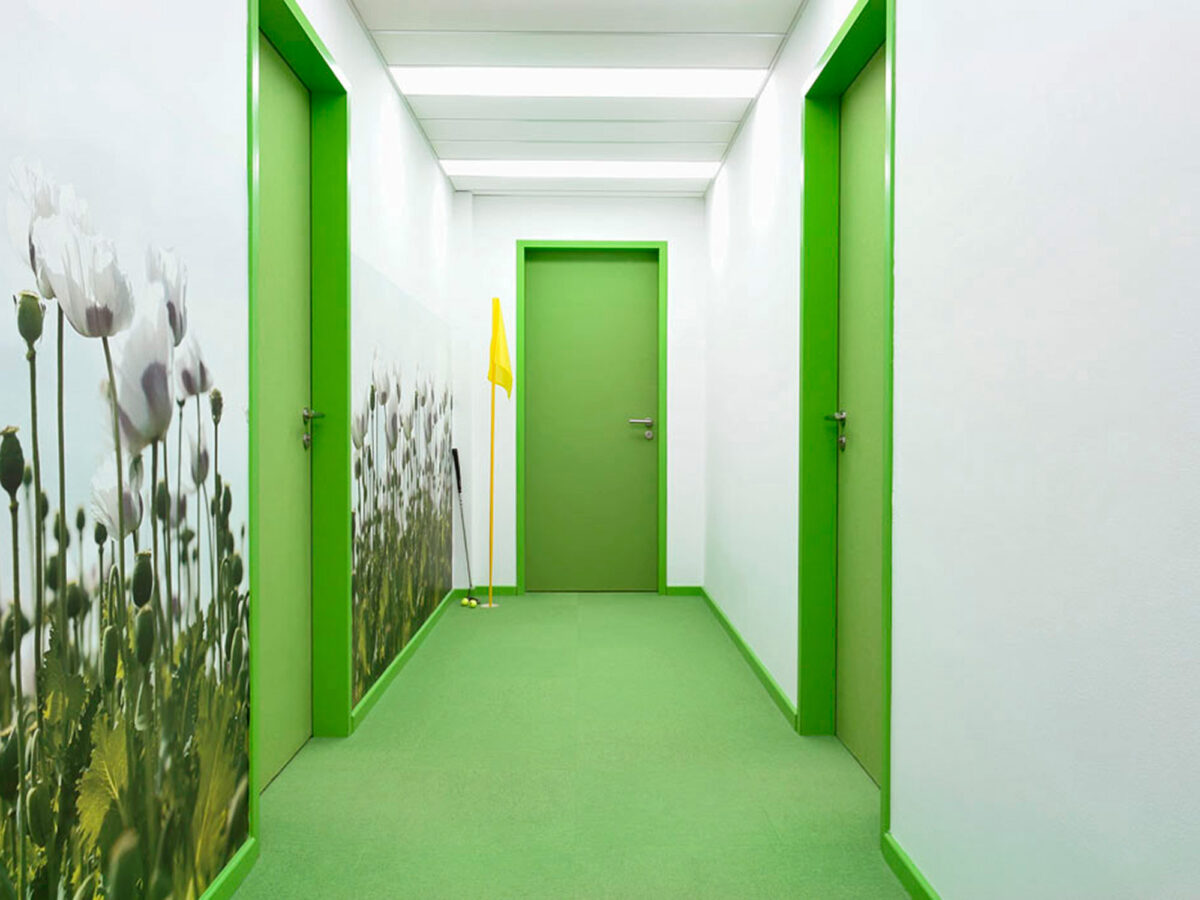 Die Wandgestaltung Fur Ein Buro Von Drnice Wirkt Inspirierend